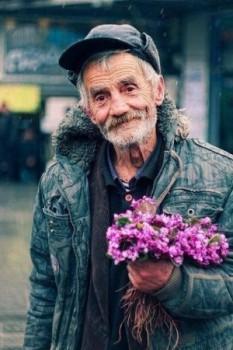 Дедушкас цветами