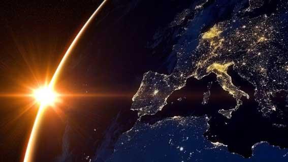 Солнце над планетой