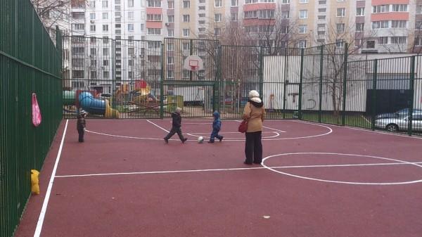 18, строительство спортплощадки ул Талалихина.1
