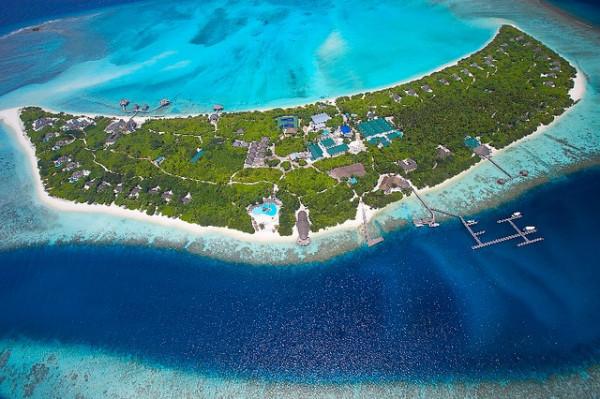 island-hideaway-01