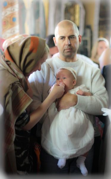 Как одеть ребенка на крещение до и после фото