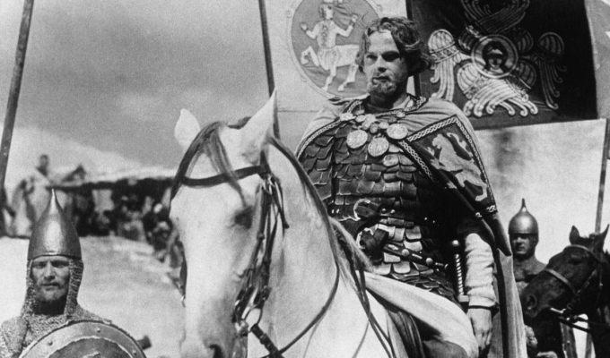 Через кино необходимо утверждать традиционные для России ценности