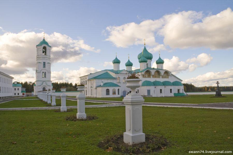 Александро-Свирский монастырь, октябрь 2009 года