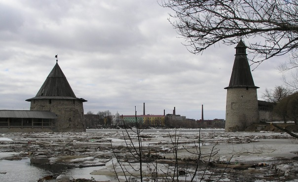 Псков, паводок в апреле 2011 года.