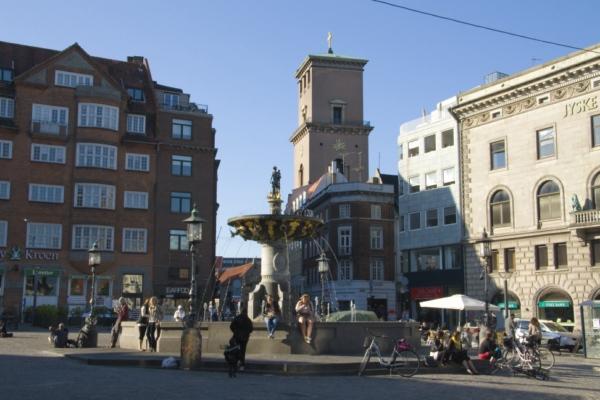 Копенгаген, площадь Нюторв.