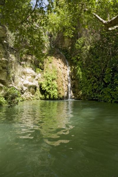 Ванны Адониса, Кипр.