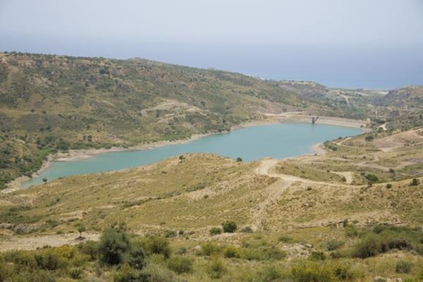 Водохранилище под Пафосом, Кипр.