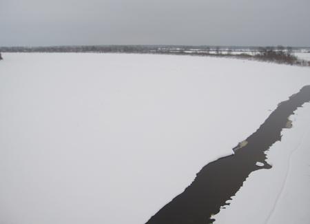 Река Мста зимой.