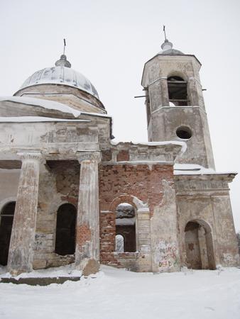 Церковь Введения во храм Пресвятой Богородицы, деревня Бронницы.