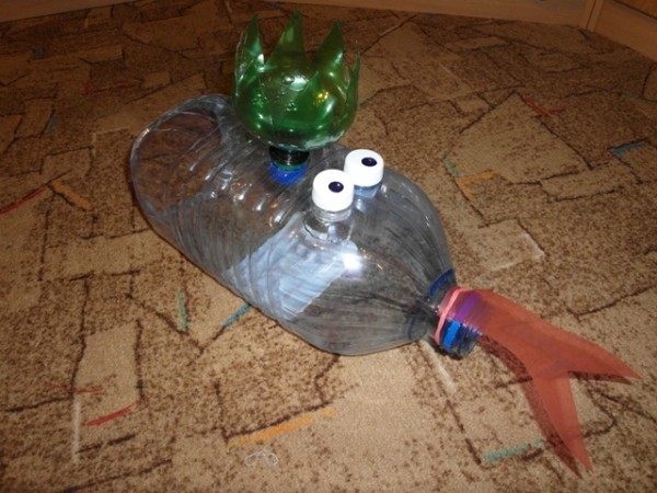 Кобра из пластиковых бутылок мастер класс