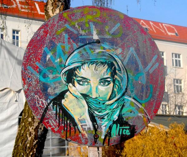 emotional_street_art_1