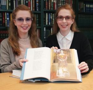 Anna and Elena Balbusso www,tuttartpitturasculturapoesiamusica,com (1)