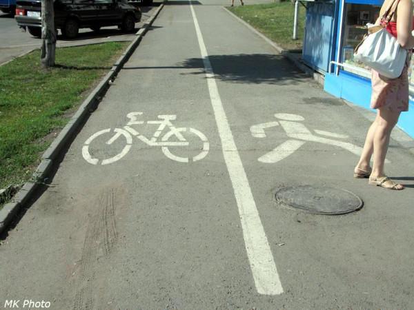 Велодорожки на тратуаре