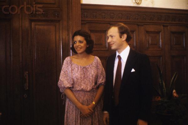 Леонид Брежнев попросил передать жениху, что тот получил благословение в Кремле