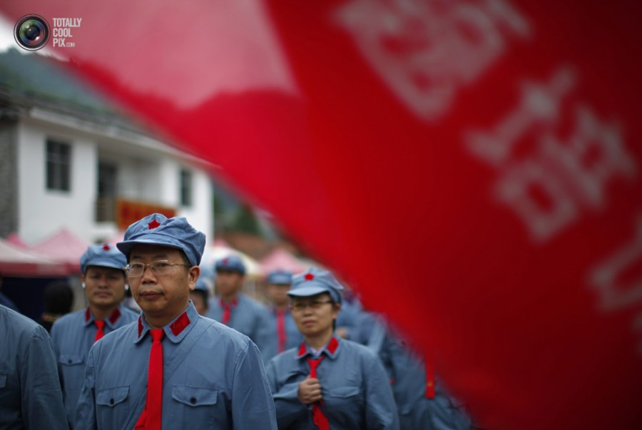 A-GOOD-COMMUNIST-IN-CHINA-6