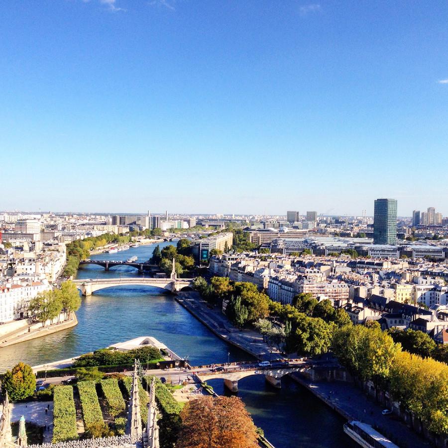 где знакомиться в париже