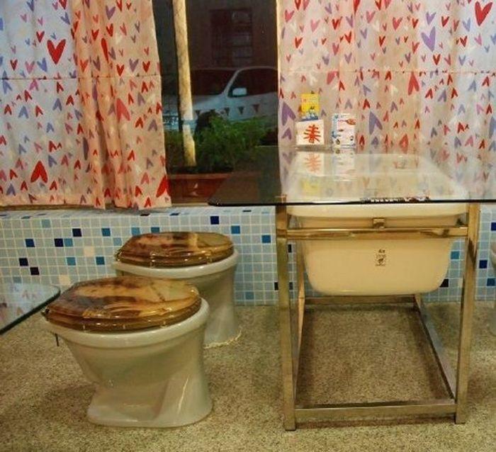 Toilet_24