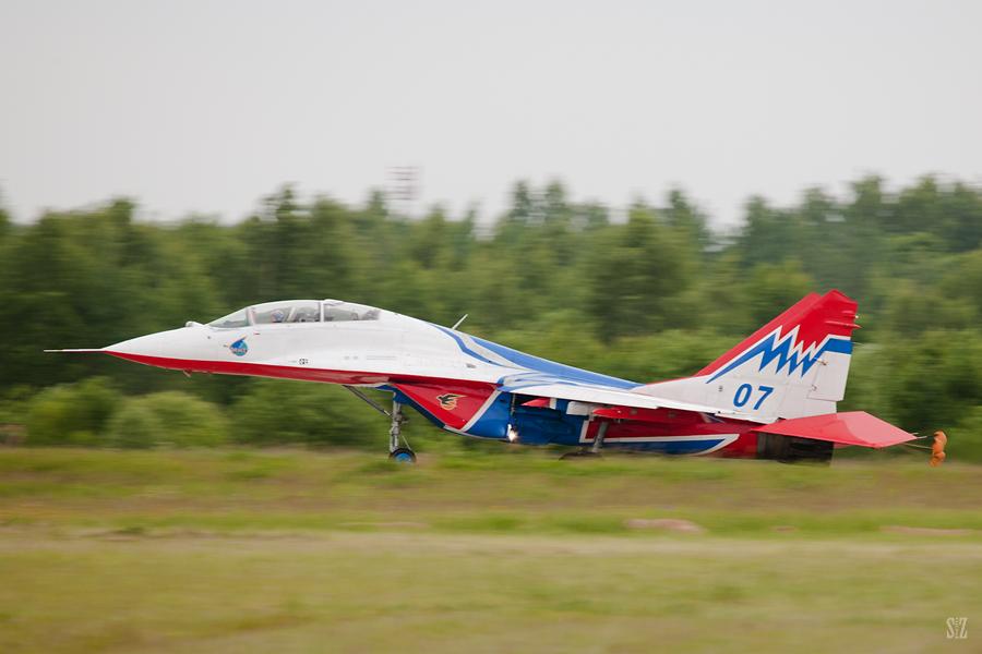 Миг-29. Стрижи. Фотограф Сергей Захаров