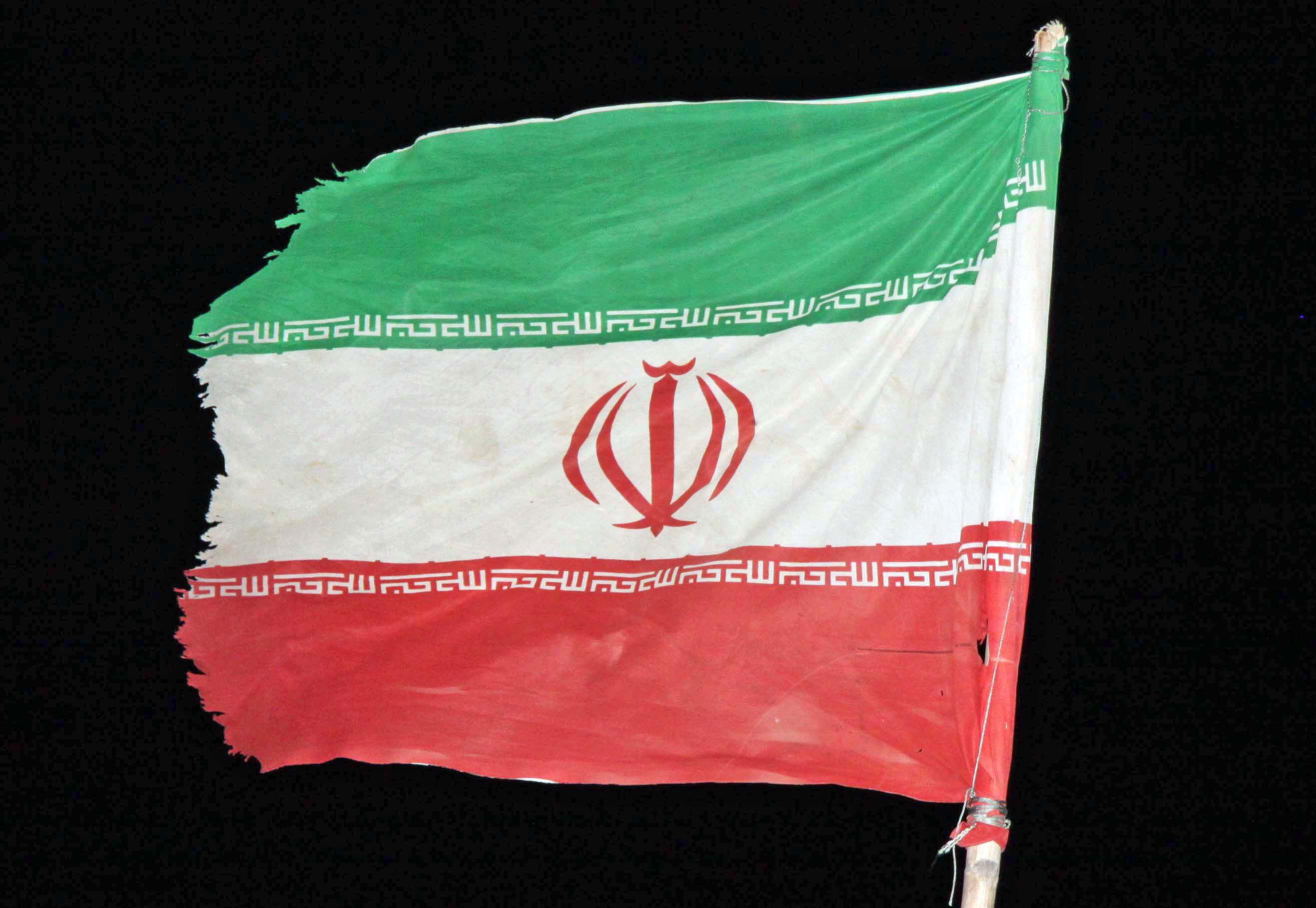 К пиратам-14.Флаг Ирана на Шахине-1-Гавриленко, Васильеву от Устинова.