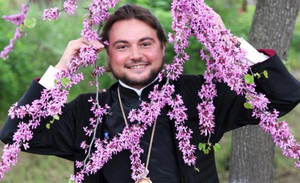 Брюссельское издание написало о «гомосексуальных партнерах митрополита Драбынко»