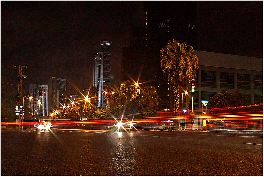 900-Tel-Aviv_night-1