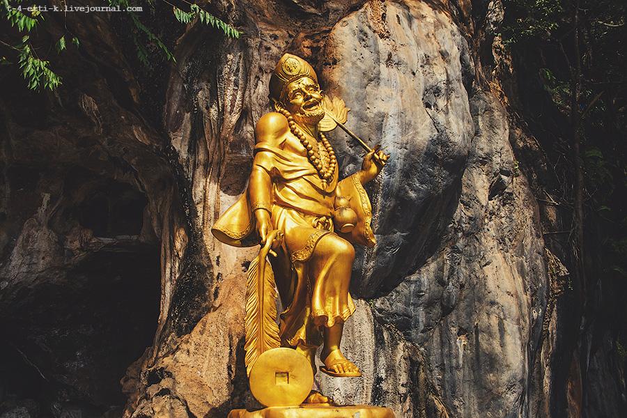 Krabi_tiger temple (27).jpg