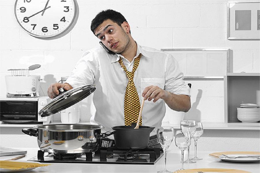 Должен ли мужчина готовить?