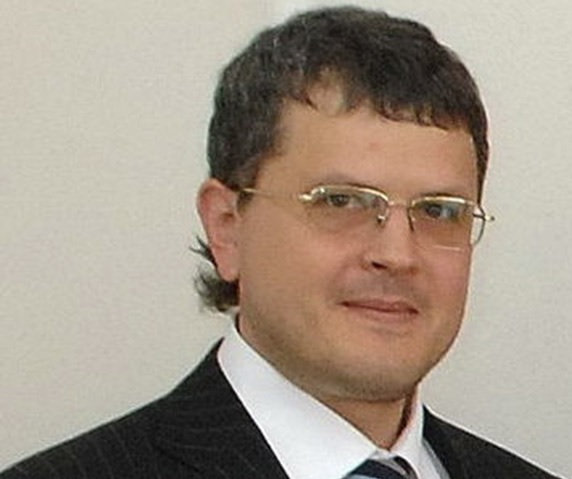 Бонд - Джеймс Бонд