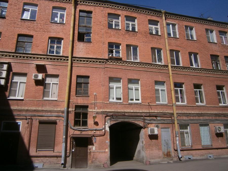 Литераторов ул., 17
