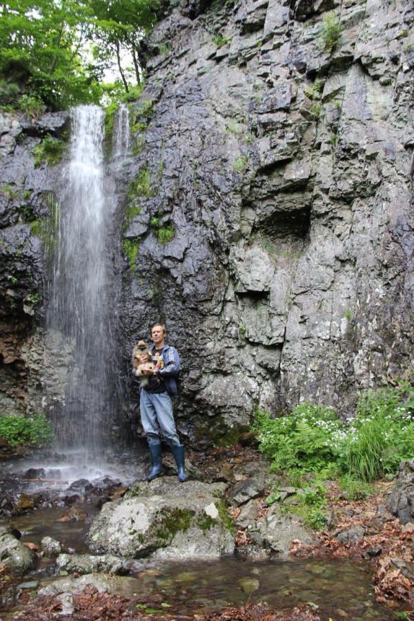 Осенний водопад фото так