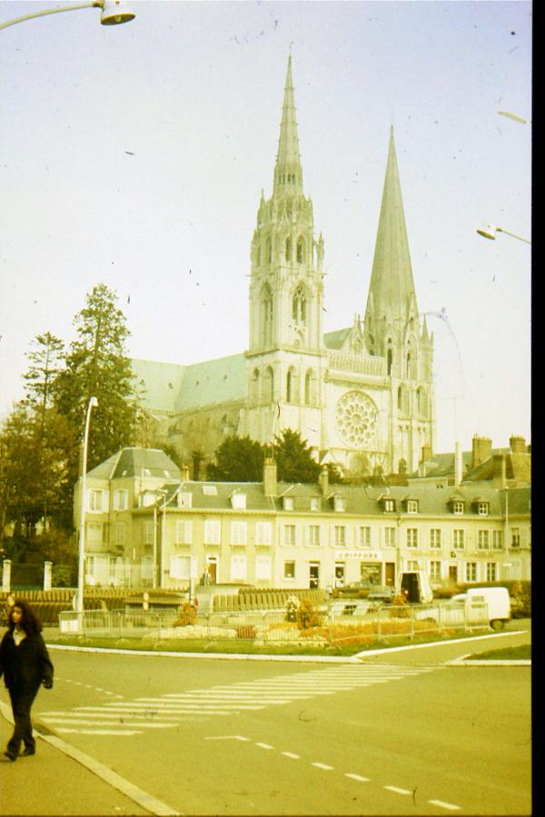 p-Chartres-01