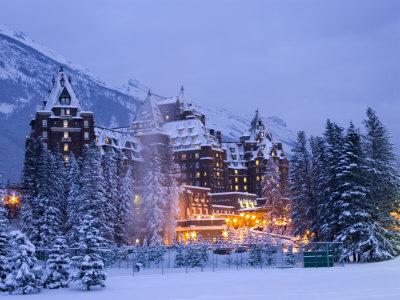 3 b banff-springs-hotel-alberta-canada