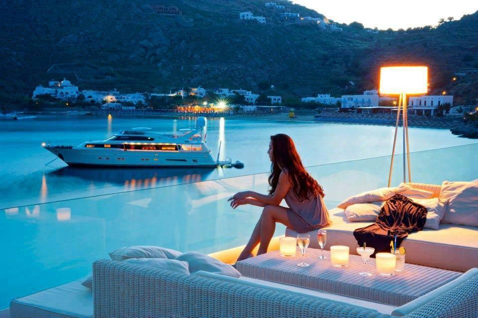 6 b Mykonos, Greece