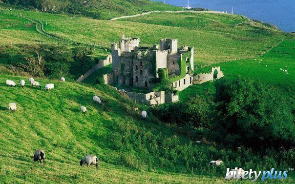 Замок Клифден, графство Голуэй, Ирландия