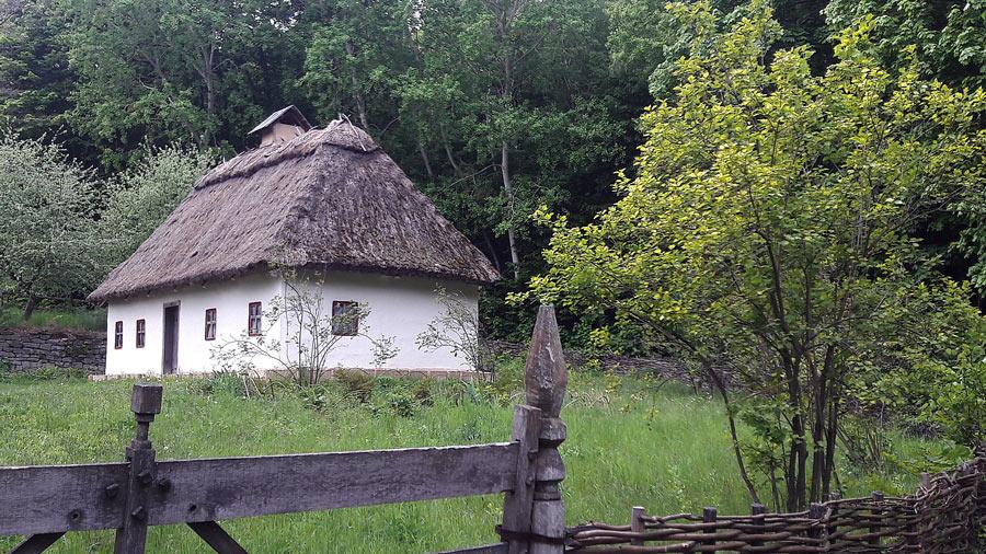 Музей национальной архитектуры и быта в Пирогово -