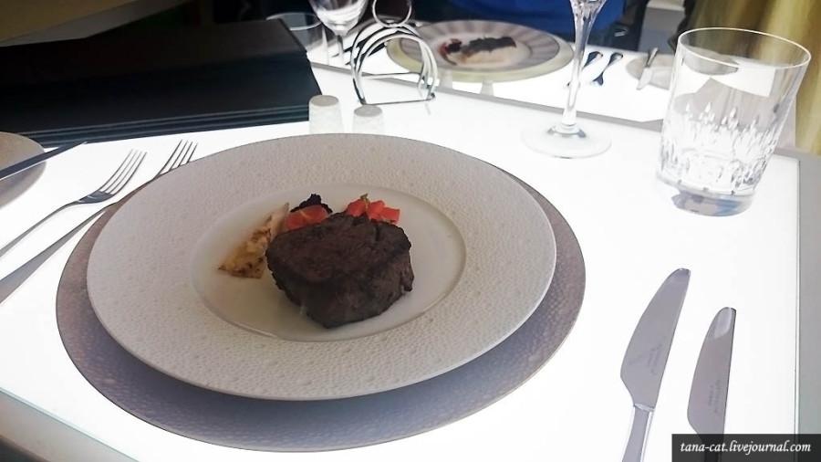 Эти блюда подают пассажирам бизнес-класса Etihad Airways