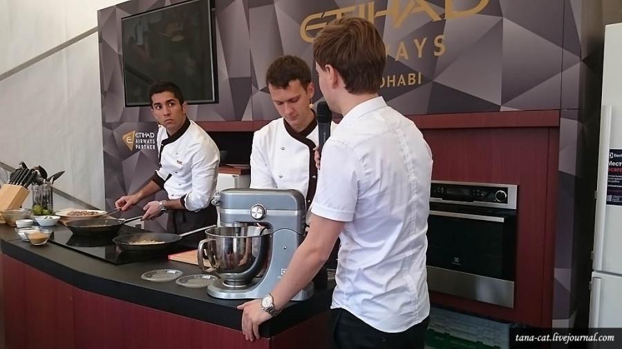 Мастер-класс по приготовлению еды для пассажиров Etihad Airways