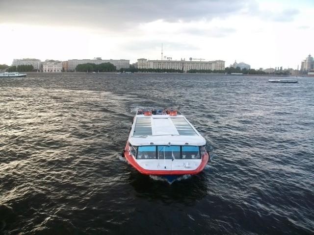 Речная прогулка по Петербургу