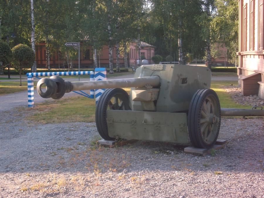 Миккели в военной форме
