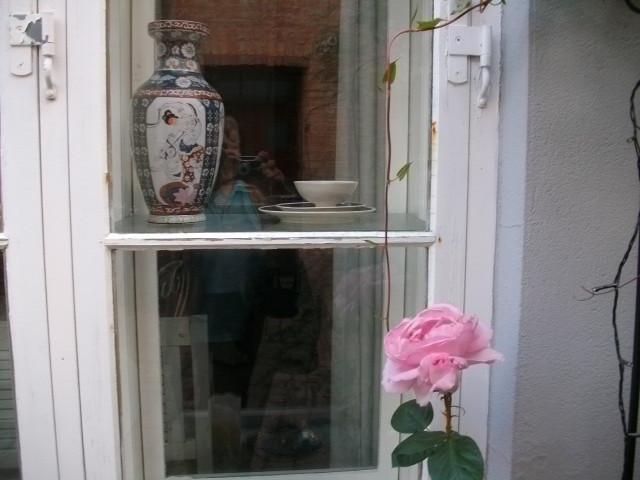 Окна и любовники)...