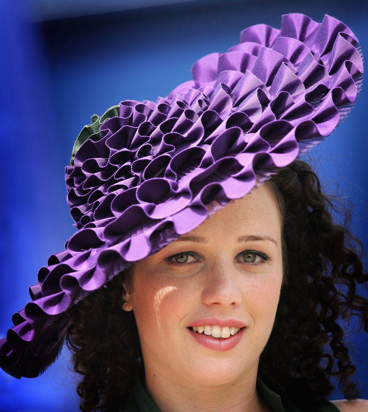 Шляпка необычная