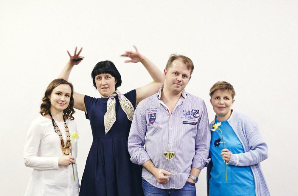 Мои лучшие в мире коллеги в Краснодаре: Анечка, Наташа, Сережа и я