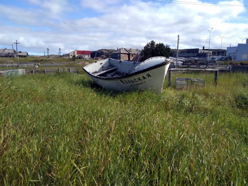 Лодка в Териберке