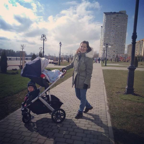 Юля с детьми