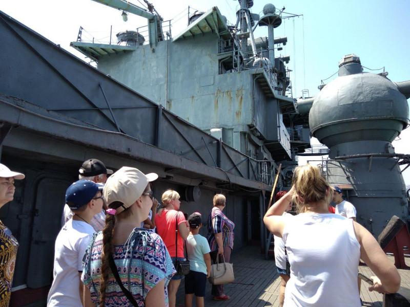 Экскурсия на крейсер Михаил Кутузов