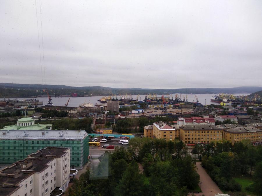 Отель Азимут Арктика в Мурманске — вид из окна