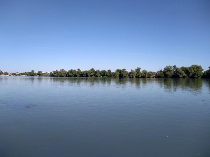 Река Кубань в Юбилейном районе Краснодара