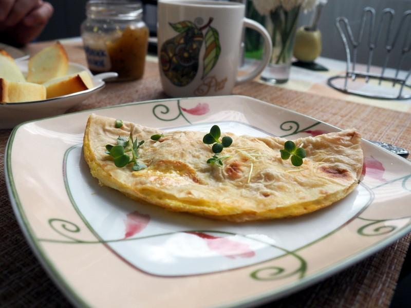 Яйцо с сыром в лаваше