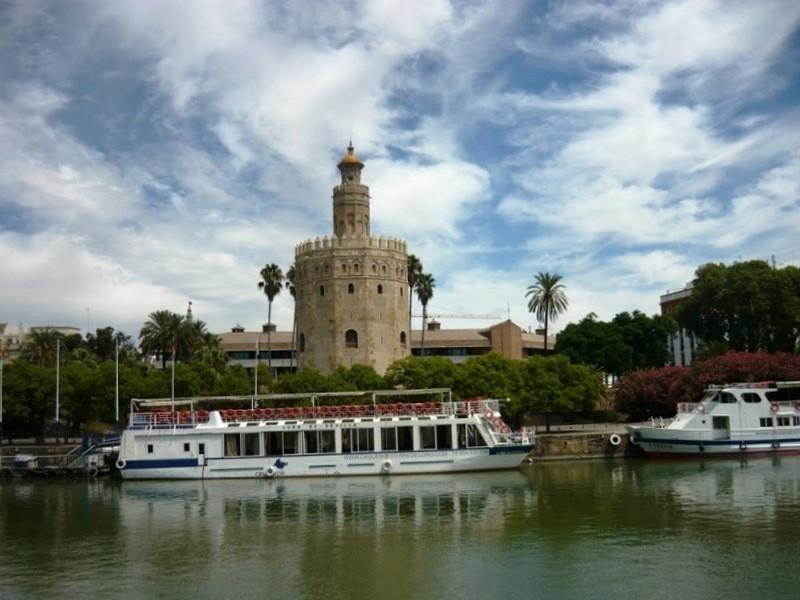Торре-дель-Оро, Золотая башня
