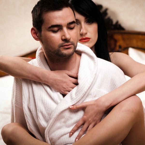 как перевести знакомство в отношения